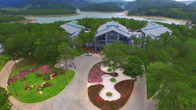 Designing and constructing the clean water treatment system of the Terracotta Lake Tuyen Lam Resort